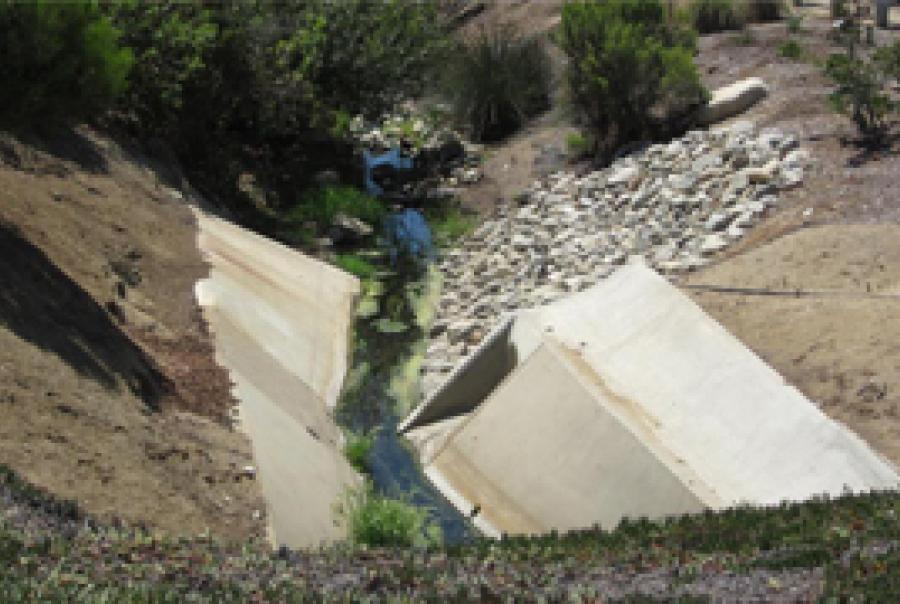 Storm water treatment system helps protect California waterway from trash and debris