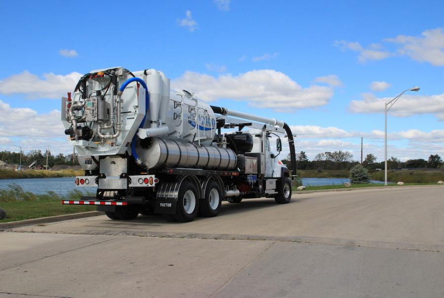 Pipeline Repairer Reduces Costs With Water Recycling System