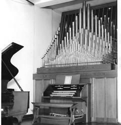 Votteler-Holtkamp-Sparling Organ