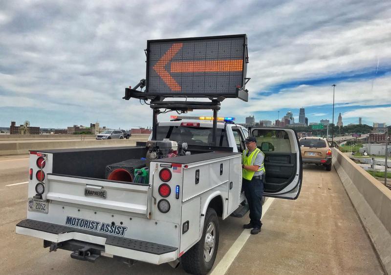 Kansas and Missouri DOTs partner on driver alert technology pilot program