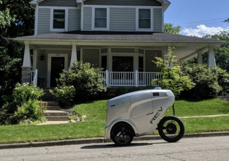 Ann Arbor, Michigan-based Refraction AI has developed and been testing an autonomous delivery vehicle, called REV-1, for the purpose of finding a solution to short-distance food and grocery deliveries in urban areas.