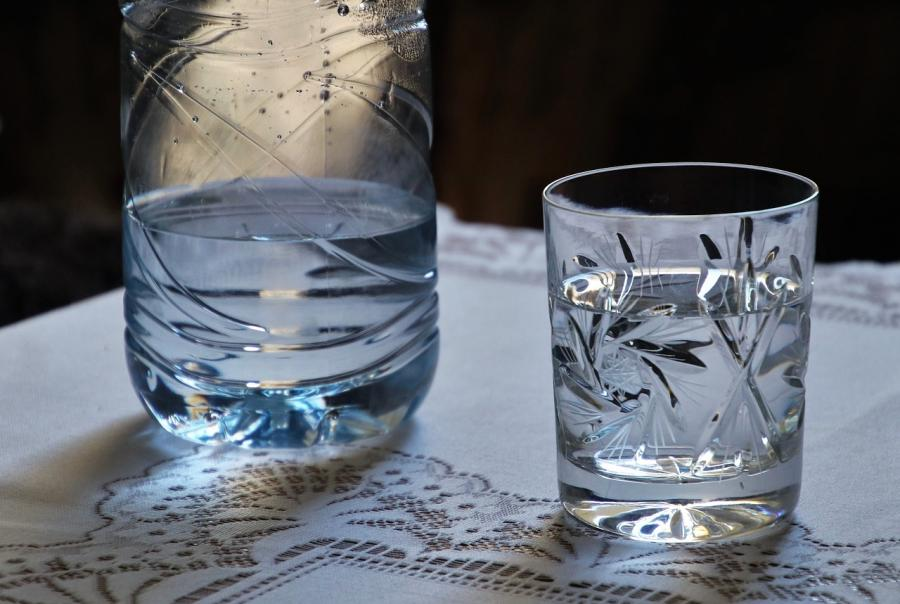 Researchers develop selective activated carbon water treatment system