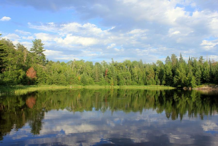 Groundwater pumping lowers lake level in Minnesota
