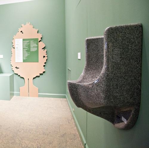 waterless urinals_water efficiency