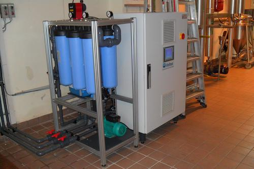 The site evaluated various water treatment solutions in order  to lower its water consumption and chemical usage.