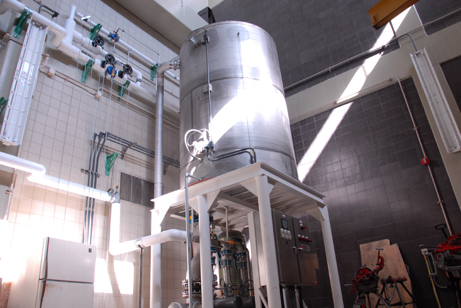 One of three non-potable water systems with an air-gap break tank for providing seal water to the deep-tunnel pumps
