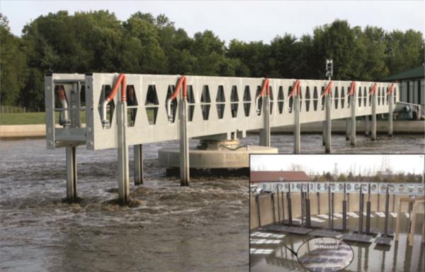 Rotating bridge with aeration diffuser assemblies