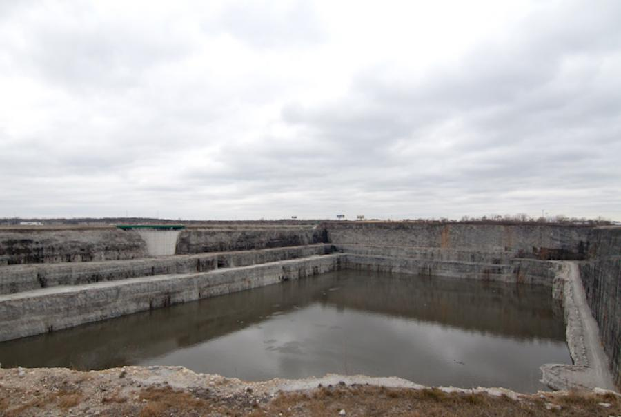 How a Chicago-area reservoir protects waterways, mitigates flooding & weathers the combined sewer system
