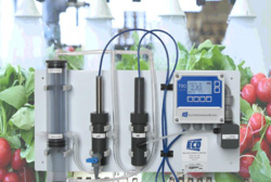 High-Range Free Chlorine Analyzer
