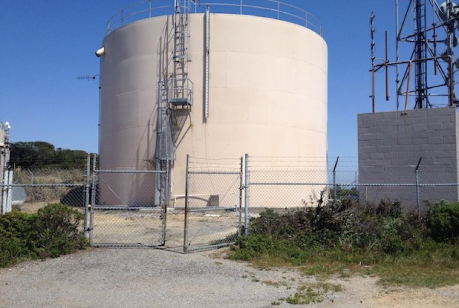 Using water storage tanks to manage disinfectant residuals