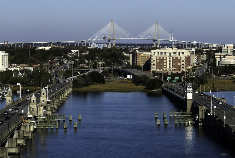Divers swam into 90 ft of raw sewage to remove wipes from a Charleston, S.C., sewer