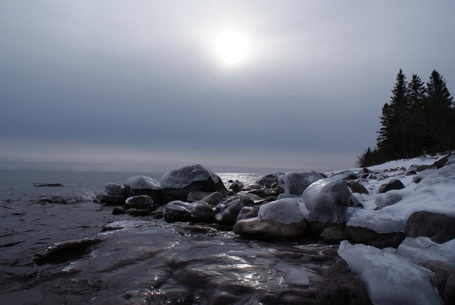 400,000 gal of wastewater has spilled into Lake Superior
