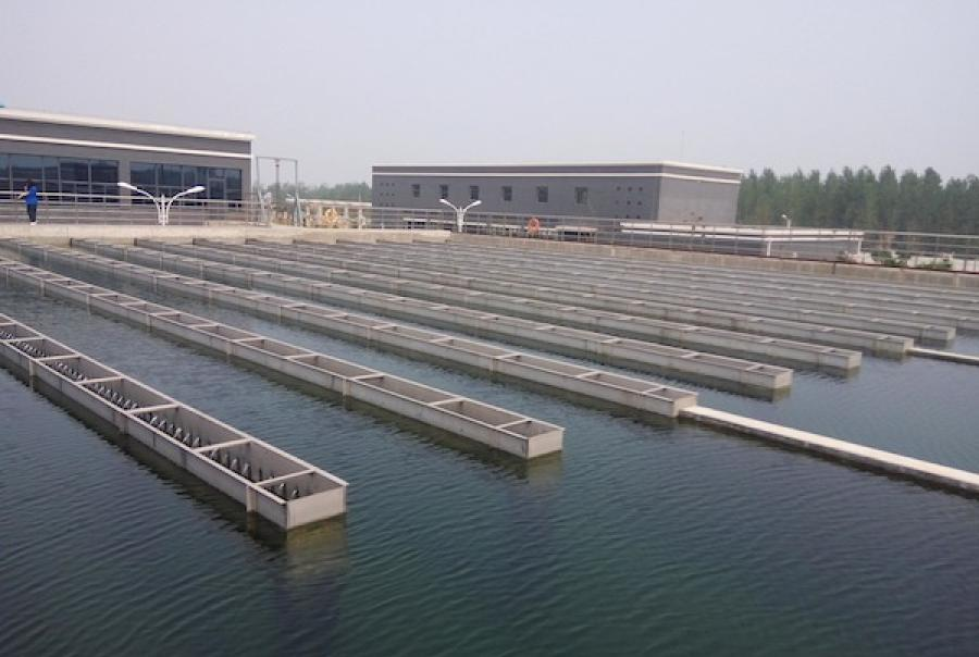 This article details headworks designs and shows how the system fits into the scheme of the wastewater treatment process
